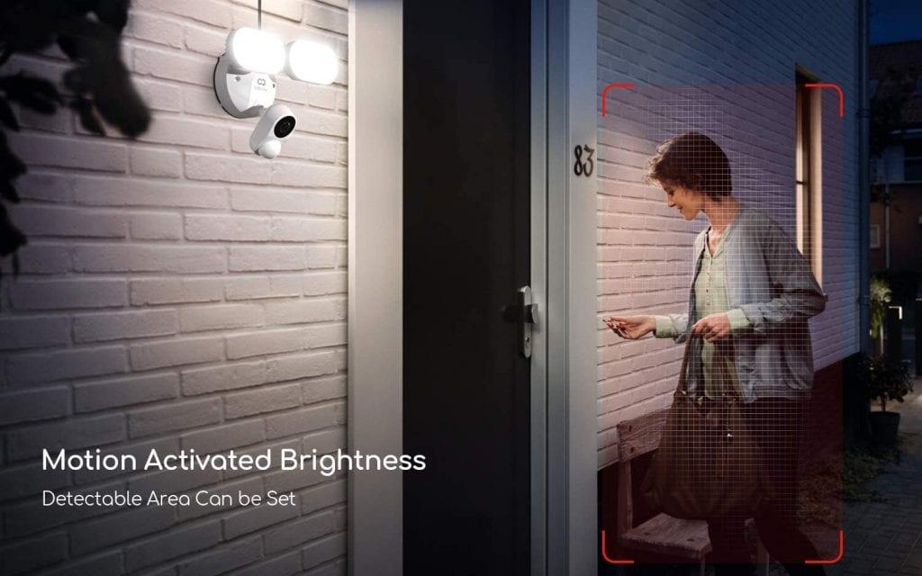 2K Floodlight Security Camera motion detection